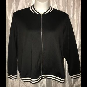 ⬇️Black scuba striped trim bomber jacket